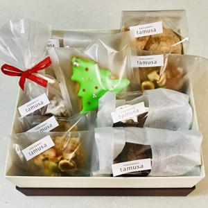 YAKIGASHI tamusa 冬の贈り物2018発売中!2900円詰合せ。焼き菓子や可愛いアイシングクッキー詰合せです。